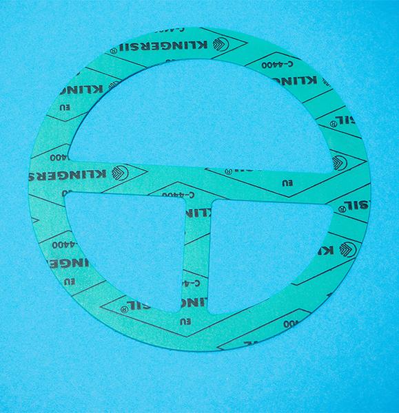 Auf diesem Bild ist eine Flachdichtung aus dem Material KLINGERSIL C-4400 abgebildet.